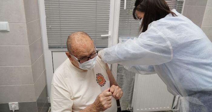 91-річний мукачівець вакцинувався вдруге
